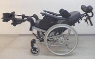 Pflegerollstuhl, Pflegerollstühle für idealen Sitz- und Liegekomfort rollstuhlexpress.ch