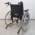Ein Überrollbügel (Kippschutz) bei einem Rollstuhl verhindert ein Kippen des Rollstuhls rollstuhlexpress.ch