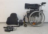 Rollstühle mit abnehmbarem Rückenpolster lassen sich sehr klein zusammen legen rollstuhlexpress.ch